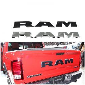RAM LETTERS EMBLEEM LOGO MAT ZWART DODGE